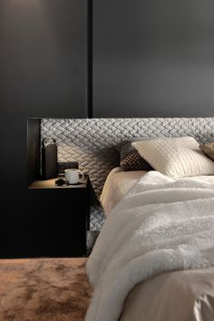 Bedroom ideas and bedroom design Bed Furniture, Furniture Design Modern, Room Decor Bedroom, Modern Bedroom, Bedroom Interior, Bedroom Design, Shabby Chic Bedroom, Hotel Headboard, Hotel Furniture
