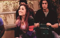 Ariana Grande & Some Of Her Victorious Castmates Awkwardly Watched A Horse Get A Boner! by Perez Hilton Ariana Grande Victorious, Valentines Gif, Cat Valentine Victorious, Funny Google Searches, Ariana Grande Fotos, Avan Jogia, Dylan O'brien, Awkward, Red Hair