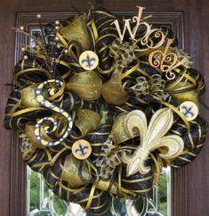 Deco Mesh New Orleans SAINTS WHO DAT Wreath with glittery Fleur de Lis