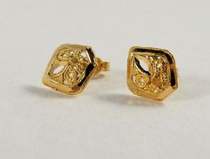 Edwardian 18K solid gold stud earrings Art by MidwestArtObjects #teamlove