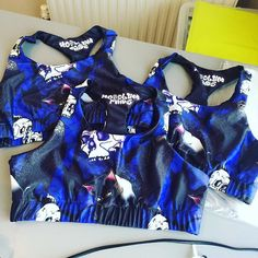#cats & #crows has been super popular! Loads of #sportsbras going out today! 😻💀🖤 #hoodlumfang #catsofinstagram #crowstagram #skull #polewear