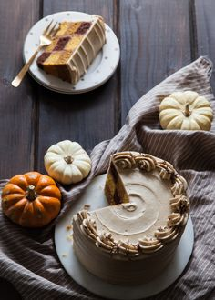 It's that time of year again – time to think of original and creative uses for pumpkin, hehe. Good thing I love me some pumpkin anything (sweet, savoury – you name it!) and there are always new, bright 'n shiny ways to incorporate pumpkin into a mouth-watering recipe (I'm talking well beyond PSLs [...]