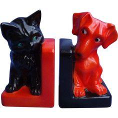 art deco Dachshund dog cat Goebel bookends -- found at www.rubylane.com #vintagebeginshere