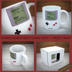 """Kubek z nadrukowaną grafiką inspirowaną legendarną, przenośną konsolą """"Game Boy"""" oraz Twoim dowolnym tekstem, z pewnością zachwyci każdego fana elektronicznej rozrywki. http://bit.ly/1K3ibck"""