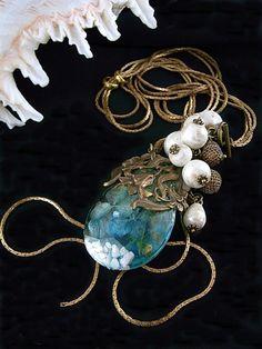 jouer avec moa?  Jue-Avu~ekku moa?  Accessories song Photo 1 of necklace Mermaid charm Mermaid