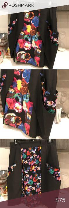 Karen Millen Floral Skirt Karen Millen Black Floral Skirt with pocket detail on both sides. Size US8. Karen Millen Skirts