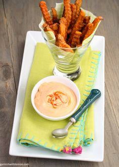 Spice up your snacks with this Sriracha Aioli!