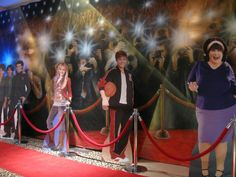 Hollywood Theme Red Carpet from Balloon Artistry - mazelmoments.com