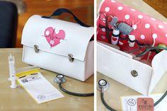 Arztkoffer zum Spielen aus Filz (Nähanleitung & Schnittmuster von shesmile und Jade&Lilou)