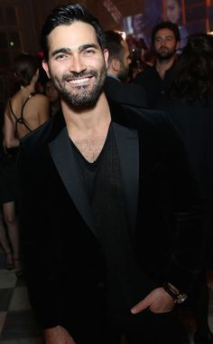 Tyler Hoechlin attends the L'Oreal Gold Obsession Party on October 2, 2016 in Paris, France
