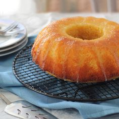 Tangy Lemon Bundt Cake with Lemon Curd