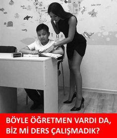 Böyle öğretmen vardı da, biz mi ders çalışmadık? :) #karikatür #mizah #matrak #komik #espri #şaka #gırgır #komiksözler #caps