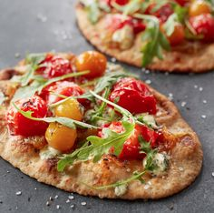 Who's hungry? Try out this great flatbread #recipe #tonight for #dinner and let us know what you think!
