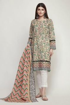 Khaadi Spring Vol 2 Original Pakistani Lawn Printed Suit Girls Dresses Sewing, Stylish Dresses For Girls, Casual Dresses, Fashion Dresses, Baby Dresses, Couture Dresses, Dress Outfits, Pakistani Lawn Suits, Pakistani Dress Design