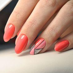 Coral nail art