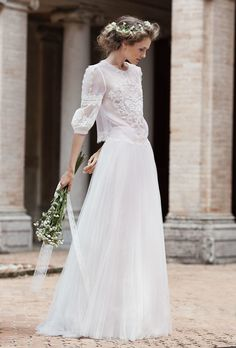 You Will Dream Of An Italian Wedding After Seeing Alberta Ferretti's New Bridal Collection - TownandCountryMag.com