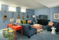 Mix and Chic: basement living space