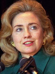 HILLARY CLINTON, L'AMBITIEUSE (1993-2001)
