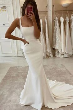 Backless Mermaid Wedding Dresses, Plain Wedding Dress, Lace Beach Wedding Dress, Long Wedding Dresses, Mermaid Dresses, Simple Classy Wedding Dress, Destination Wedding Dresses, Timeless Wedding Dresses, Classy Wedding Ideas
