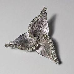 Rhinestone Jewelry, Vintage Rhinestone, Vintage Earrings, Vintage Silver, Retro Vintage, Vintage Costume Jewelry, Vintage Costumes, Vintage Jewelry, Unique Jewelry