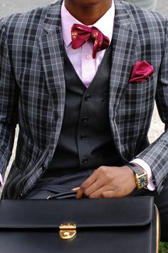 Good example of a well dressed man. Take example of this. #fashion