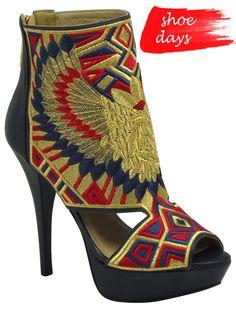 tendências em estampas [sapatos]  Marca: Cristófoli  Foto fornecida pela assessoria de imprensa da marca.
