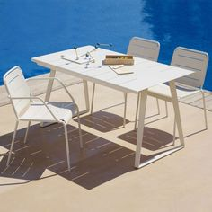 Copenhagen Table by Cane-line | Its Thyme