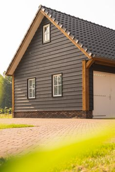 Shops, Garages, Barns, My House, Garage Doors, Farmhouse, Houses, Cabin, House Styles