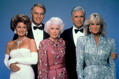 Charlton Heston, Stephanie Beacham, John Forsythe, Barbara Stanwyck, and Linda Evans in Dynasty Linda Evans, Barbara Stanwyck, Dynasty Tv Series, Dynasty Tv Show, John Forsythe, Der Denver Clan, Dynasty Clothing, Robert Sean Leonard, Dallas Tv