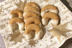 Ein feines Rezept aus Großmutters Kochbuch sind diese Nuss-Eierlikör-Kipferl, passen in die weihnachtliche Keksdose.