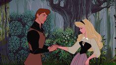 Il principe de La bella addormentata nel bosco è il primo ad aver ricevuto un nome, che rende omaggio a Filippo, Duca di Edimburgo e consorte della Regina Elisabetta