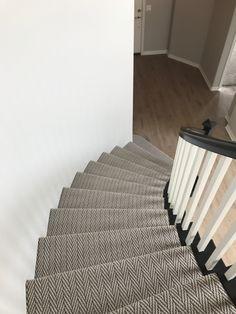 Best Carpet Runners For Stairs Wall Carpet, Diy Carpet, Bedroom Carpet, Modern Carpet, Living Room Carpet, Rugs On Carpet, Cheap Carpet, Carpets, Carpet Staircase