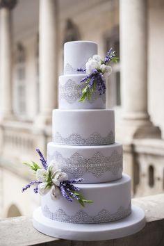 shade of purple wedding invitations/ rustic chic lavender wedding cakes Purple Cakes, Purple Wedding Cakes, Wedding Cake Rustic, Elegant Wedding Cakes, Elegant Cakes, Beautiful Wedding Cakes, Wedding Cake Designs, Wedding Cake Toppers, Beautiful Cakes