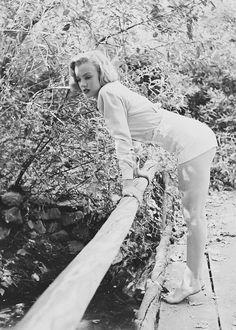 missmonroes:   Marilyn Monroe photographed by Ed Clark, 1950