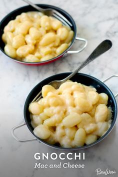 Will need vegan substitutes . Gnocchi Mac and Cheese. Delicious pillows of dough (store-bought or homemade) in a creamy cheese sauce and you've got pure magic. Serve as an alternative this Thanksgiving. Pasta Dishes, Food Dishes, Baking Dishes, Pasta Food, Baking Pan, Side Dishes, Mac And Cheese, Creamy Cheese, Food Porn
