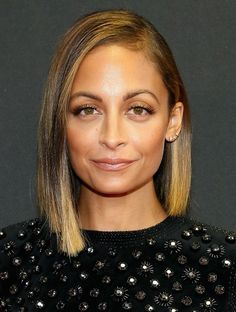 Nicole Richie Medium Haircuts: Sleek Bob Hairstyle with Highlight - 2014 Hair Trends