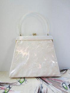 Summer Wedding vintage Lucite & Linen Handbag / by BlondiesBags, $36.00