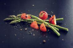 Mhhh, Spargel Erdbeer Salat #salad #asparagus #strawberries