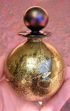 "Isle of Wight 4 1 4"" Tall Perfume Bottle England Art Glass Black Gold Purple | eBay"