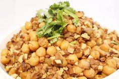 garbanzo beans with tofu:  yummy!