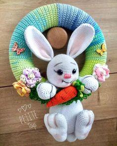 Mesmerizing Crochet an Amigurumi Rabbit Ideas. Lovely Crochet an Amigurumi Rabbit Ideas. Crochet Bunny Pattern, Easter Crochet Patterns, Cute Crochet, Crochet Baby, Crochet Patterns Amigurumi, Crochet Dolls, Crochet Wreath, Diy Ostern, Crochet Decoration