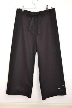 Cropped pants - pattern by Aoi Kouda