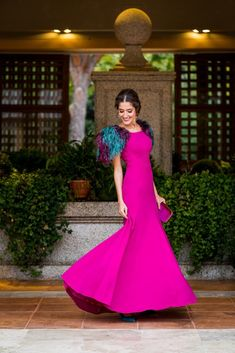 Guest look sister bride long dress wedding evening guest perfect Gala Dresses, Modest Dresses, Dress Outfits, Nice Dresses, Dresses With Sleeves, Formal Dresses, Gypsy Fashion, Fashion Wear, Indian Designer Outfits