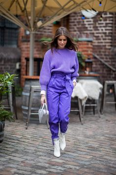 8 New Street Style Trends You Can Expect to See All Over Fashion Week - Street Style Outfits Street Style Trends, New Street Style, Street Style Looks, Street Style Women, Copenhagen Fashion Week, Copenhagen Style, Copenhagen Denmark, Purple Outfits, Colourful Outfits