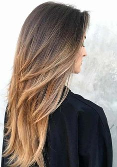 28 Fantastic Long Layered Ombre Hairstyles for 2018. Looking for best styling techniques of long hair looks? We have gathered up here the stunning looks of long layered hairstyles with beautiful ombre hair colors in 2018. Visit this page to get the feminine and cutest hairstyles for long hair. Women who like to flaunt the long hairstyles in 2018 they can visit here to see the adorable ombre hairstyles for long hair in year 2018.