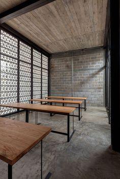 museum and workshop | la tallera siqueiros | mexico. Decorative Concrete Blocks, Concrete Block Walls, Concrete Houses, Space Architecture, Architecture Details, Minimalist Architecture, Casa Loft, Interior Decorating, Interior Design
