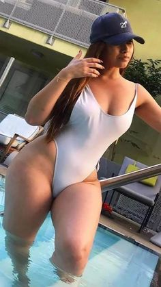 Beautiful Sexy Women Of Color Bikini Sexy, Bikini Girls, Pernas Sexy, Latin Girls, Voluptuous Women, Sexy Curves, Swimsuits, Swimwear, Beachwear