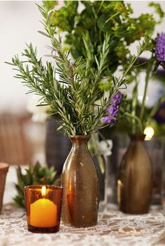 rosemary herb and lavender decor - could use galvanized tins or brushed silver instead of these vases Herb Centerpieces, Centerpiece Decorations, Xmas Decorations, Wedding Decorations, Basket Decoration, Centrepieces, Wedding Centerpieces, Rosemary Herb, Arte Floral
