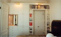 19 Super ideas bedroom storage for small rooms clothing built ins Bedroom Storage Ideas For Clothes, Bedroom Storage For Small Rooms, Bedroom Built Ins, Kids Bedroom, Bedroom Ideas, Bedroom Photos, Small Bedrooms, Master Bedrooms, Closet Ideas
