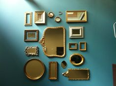 Can't wait to start my mirror collage in the closet room! Mirror Gallery Wall, Mirror Collage, Wall Mirrors, Mirror Decor Living Room, Bedroom Decor, Bad Saarow, Creation Deco, Inspiration Wall, My New Room